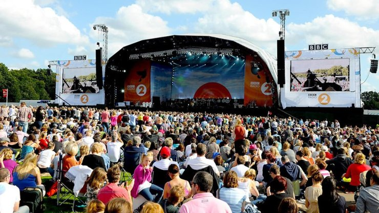 (C) BBC 40,000 watched Rita Ora, Boyzone and more