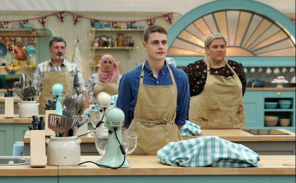 last night's bake off ratings